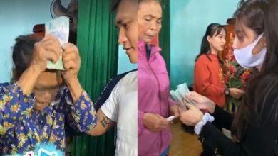 Photo of Người dân ở Hà Tĩnh xúc động, cúi đầu cảm ơn khi được Công Vinh và Thủy Tiên hỗ trợ 10 triệu đồng