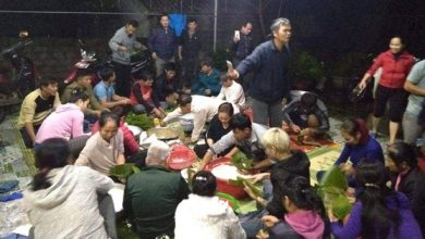 Photo of Người dân và học sinh Nghệ An trắng đêm nấu bánh chưng để kịp gửi hỗ trợ đồng bào vùng lũ