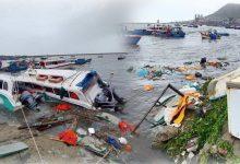 Photo of Những hình ảnh đầu tiên tại đảo Lý Sơn khi bão số 9 đi qua: Mọi thứ đều tan hoang, người dân thất thần bên đống đổ nát