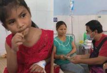 Photo of Quyền Linh thăm hỏi gia đình người đàn ông gây xúc động mạng xã hội sau vụ sạt lở ở Trà Leng