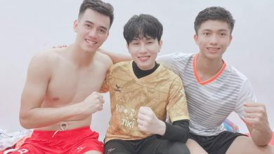 Photo of Tiến Linh đăng ảnh khen Jack quá soái, ai dè chiếm spotlight vì body vạm vỡ, biến nam ca sĩ thành cậu nhóc bé nhỏ