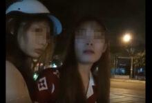 """Photo of Hai cô gái không đeo khẩu trang đứng cãi nhau tay đôi với bảo vệ """" bảo vệ mà như ông nội người ta"""""""