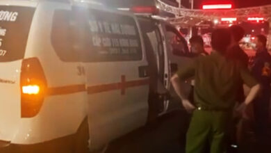 """Photo of Giả làm bệnh nhân, thuê xe cứu thương để """"thông"""" chốt kiểm soát dịch COVID-19"""