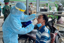 Photo of TP.HCM ghi nhận thêm 62 bệnh nhân; 91.254 người tạm hoãn tiêm vắc xin