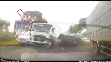 Photo of Kinh hoàng khoảnh khắc xe bồn mất lái gây tai nạn liên hoàn, ít nhất 1 người chết, giao thông tê liệt