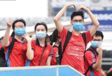 Photo of 350 cán bộ và sinh viên Đại học Y Hà Nội vào Bình Dương dập dịch