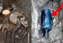 Photo of Phát hiện bộ hài cốt cùng chai thủy tinh kẹp giữa 2 chân, các nhà khảo cổ học gặp câu hỏi hóc búa kỳ quái