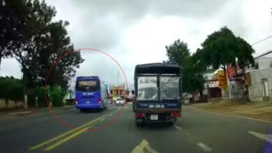 Photo of Xe khách vượt ẩu suýt gây tai nạn với ô tô con ở Lâm Đồng