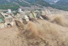 """Photo of Loạt hình ảnh khủng khiếp nhất trong đợt mưa lũ """"nghìn năm có một"""" nhấn chìm tỉnh Hà Nam (Trung Quốc) chỉ trong vài ngày"""