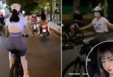 Photo of Lê Bống lại gặp biến khi đạp xe giữa phố đông nhưng thả cả 2 tay còn đeo tai nghe nhạc to sụ