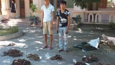 Photo of Bắt 2 thanh niên tháo trộm 80 bộ đinh ốc, bu lông đường ray