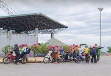 Photo of Đi xe máy hơn 1.200 km về quê, 2 người dương tính SARS-CoV-2