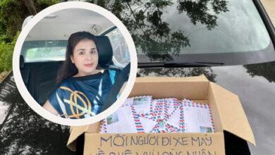 Photo of Chân dung hai người phụ nữ tặng phong bì tiền cho người dân về quê tránh dịch