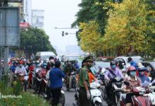 Photo of Hà Nội ngày đầu siết chặt sử dụng Giấy đi đường gây ùn tắc, chuyên gia cảnh báo nguy cơ lây nhiễm Covid-19