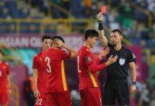 Photo of Trọng tài đúng hay sai khi đuổi Duy Mạnh, thổi phạt đền tuyển Việt Nam?