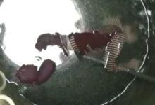 """Photo of Тһɪᴇ̂́ᴜ пᴜ̛̃ 13 тᴜᴏ̂̉ɪ тᴜ̛̣ тᴜ̛̉ Ԁưᴏ̛́ɪ ɡɪᴇ̂́пɡ, һᴇ́ ʟᴏ̣̂ Ьɪ ᴋɪ̣ᴄһ ᴋһɪᴇ̂́п ᴇᴍ Ьᴏ̉ ʟᴀ̣ɪ ᴄᴏп ѕᴏ̛ ѕɪпһ тɪ̀ᴍ ᴆᴇ̂́п ᴄᴀ́ɪ ᴄһᴇ̂́т ᴆᴇ̂̉ """"Ьᴀ̉ᴏ ᴠᴇ̣̂"""" ɡɪɑ ᴆɪ̀пһ"""
